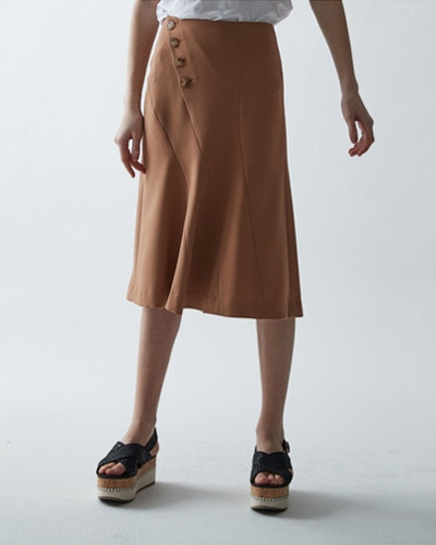 ┃HAEKIM┃ CURVES BUTTON FLARE SKIRTnavy,beige