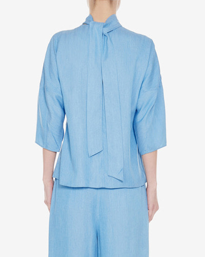 TiBi chambray drap sculpted sleeve tie top light denim